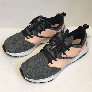 Nike Air Max Bella Training Shoe Gray & Pink sz 10